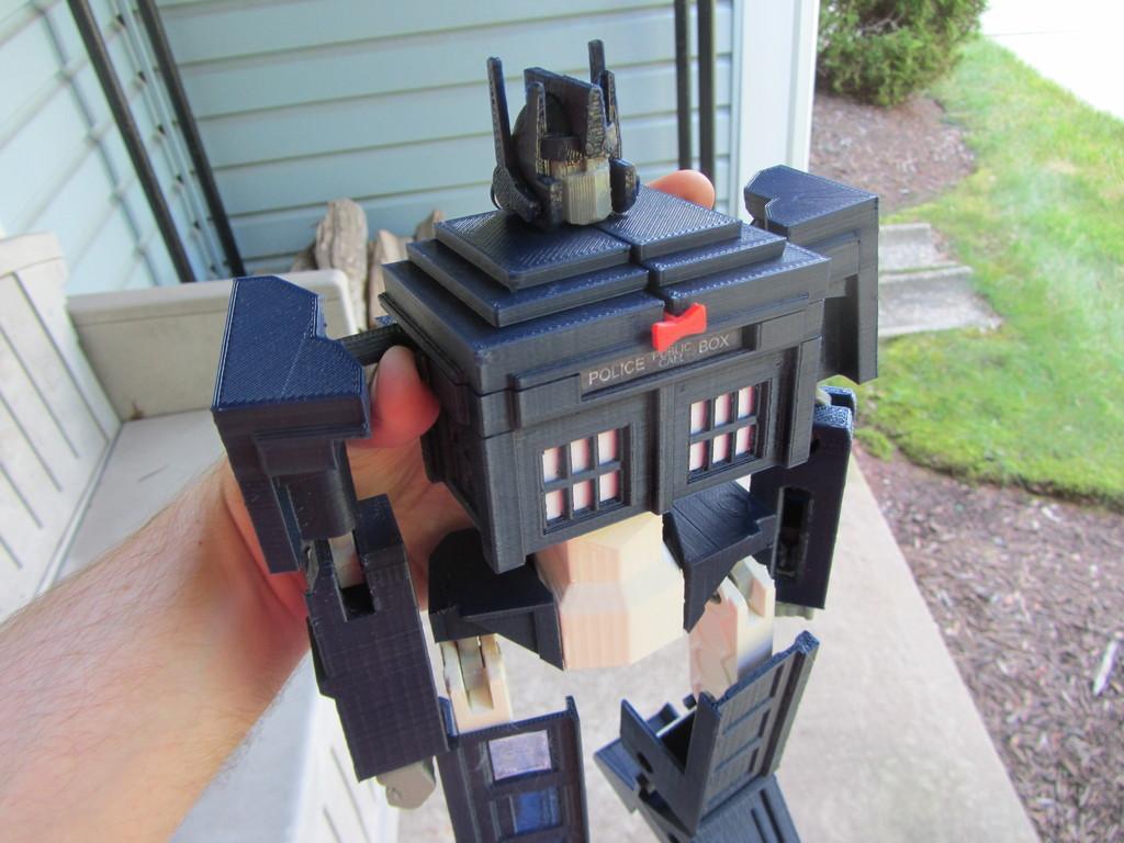 TARDIS Transformer Toy