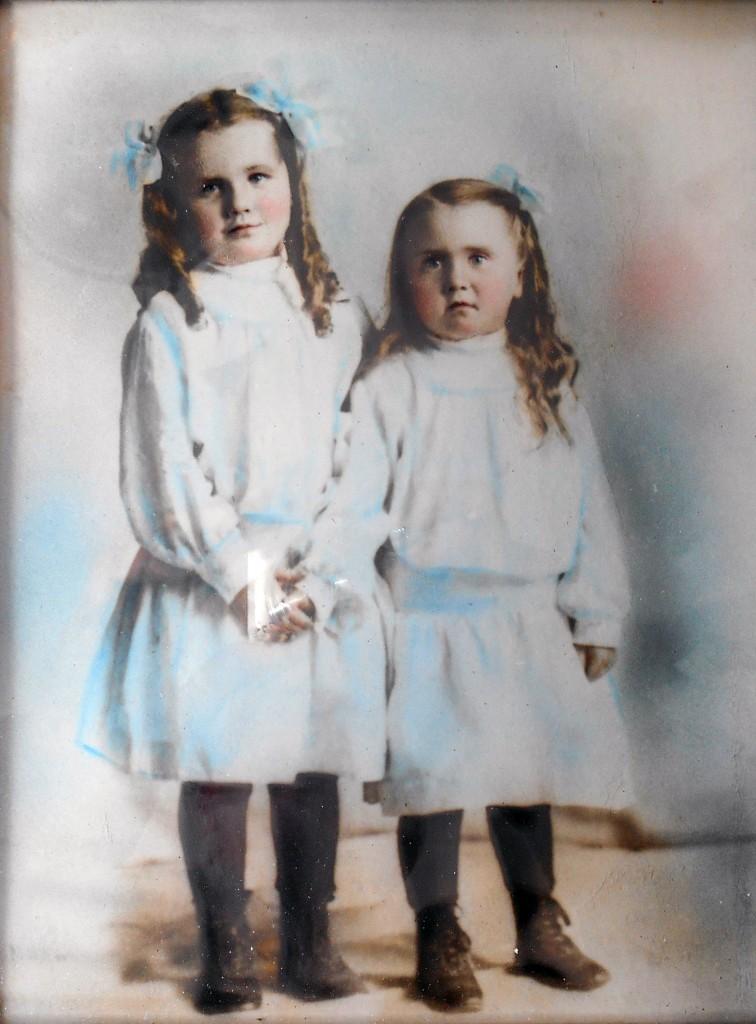 Hope Oakden & sister Katie Palmer