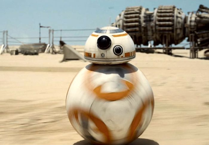 BB-8 Visits Do Space