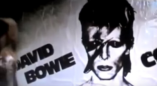 Mashup Monday: Everybody's heroes (R.E.M. vs David Bowie vs Genesis)